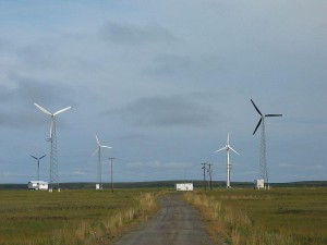 http://upload.wikimedia.org/wikipedia/commons/thumb/7/70/Kotzebue_Wind_Farm.jpg/800px-Kotzebue_Wind_Farm.jpg